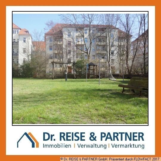 5,5% -  Süße Zweiraumwohnung mit Südterrasse und TG Stellplatz!