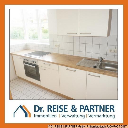 Renovierte 3-Raum-Wohnung mit moderner EBK und Balkon!