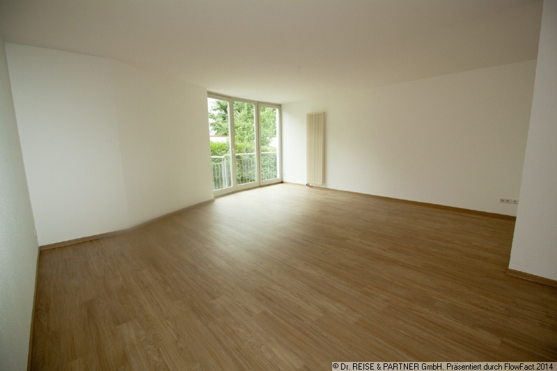 ** 3 Zimmer, Balkon, sonnige Lage, Garage - im Südviertel**