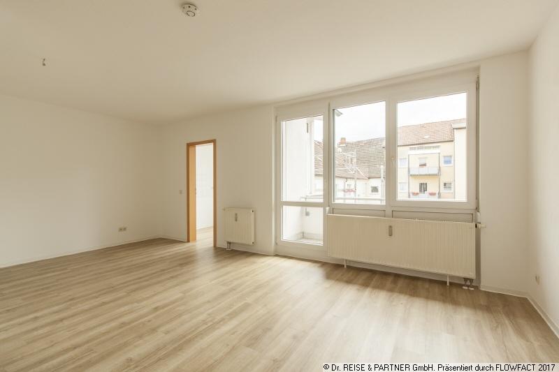 **Super schöne Dachgeschosswohnung im Zentrum Eisenach mit Balkon**